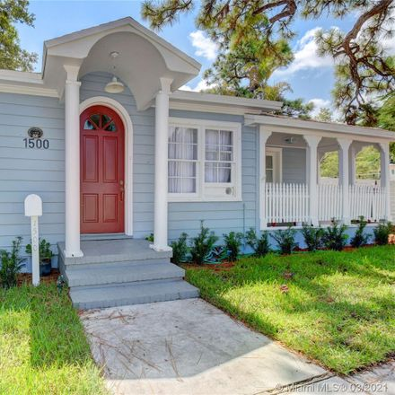 Rent this 3 bed house on 1500 Northeast 4th Place in Fort Lauderdale, FL 33301