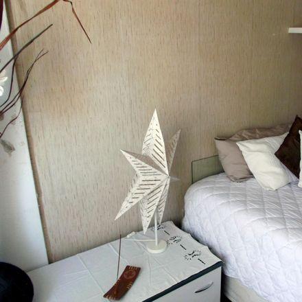 Rent this 5 bed room on Rua das Camélias in 2675-226 Póvoa de Santo Adrião e Olival Basto, Portugal