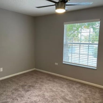 Rent this 1 bed room on Lake Osceola in Lakewood Drive, Winter Park