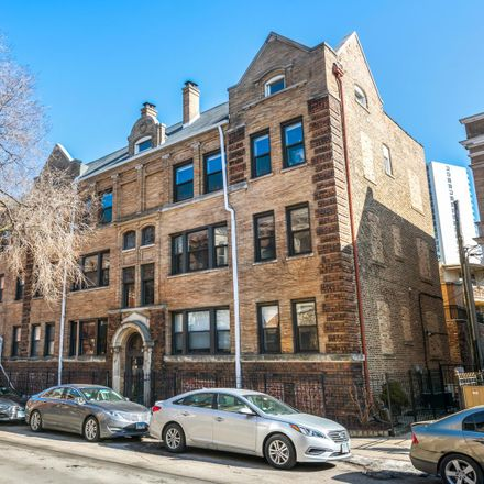 Rent this 2 bed condo on 815-817 West Cuyler Avenue in Chicago, IL 60613
