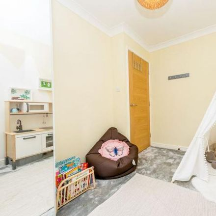 Rent this 4 bed house on Springfield Road in Leeds LS27 9PH, United Kingdom