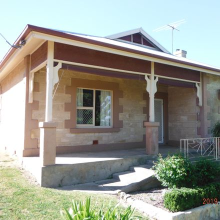 Rent this 3 bed house on 17 Magarey Crescent
