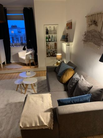 Rent this 2 bed apartment on Brahmsallee 13 in 20144 Hamburg, Germany