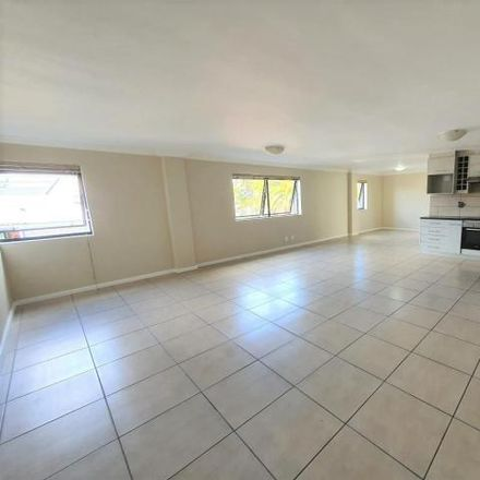 Rent this 3 bed apartment on Queen Street in Aurora, Durbanville