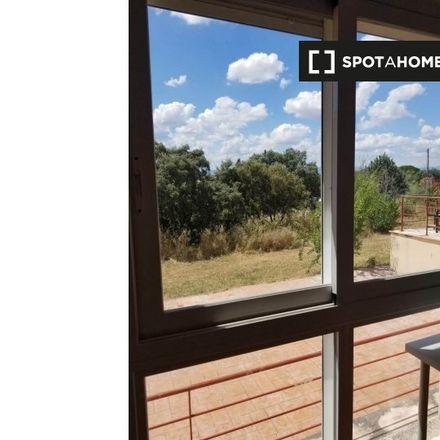 Rent this 6 bed apartment on Calle Guadalaira in 28660 Villaviciosa de Odón, Spain