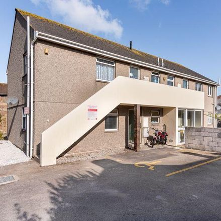 Rent this 2 bed apartment on Red Jackets in 66 Trevenson Street, Camborne TR14 8HZ