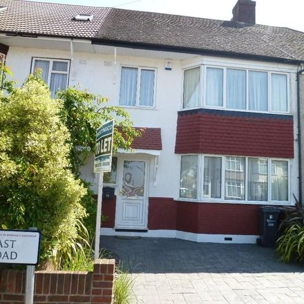 Rent this 3 bed house on East Road in London RM6 6YS, United Kingdom
