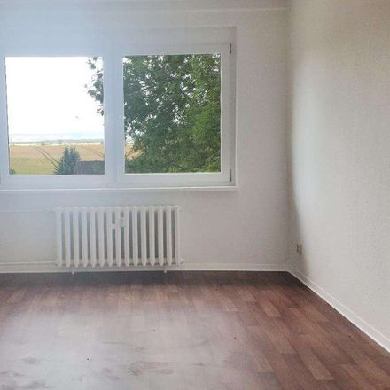 Rent this 4 bed apartment on Bergstraße in 39393 Hötensleben, Germany