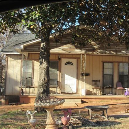 Rent this 3 bed house on 504 East California Street in Wynnewood, OK 73098
