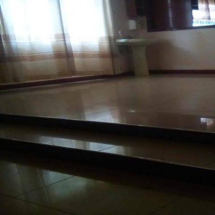 Rent this 5 bed house on Blue Room Cafe in Kakamega Road, Mombasa