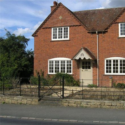 Rent this 3 bed house on B4035 in Cotswold GL55 6QF, United Kingdom