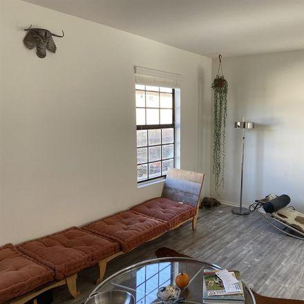 Rent this 1 bed room on 24820 Walnut Street in Santa Clarita, CA 91321
