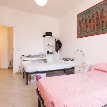 Rent this 3 bed apartment on Erboristeria Dietetica Naturale in Via Gabriello Chiabrera, 43