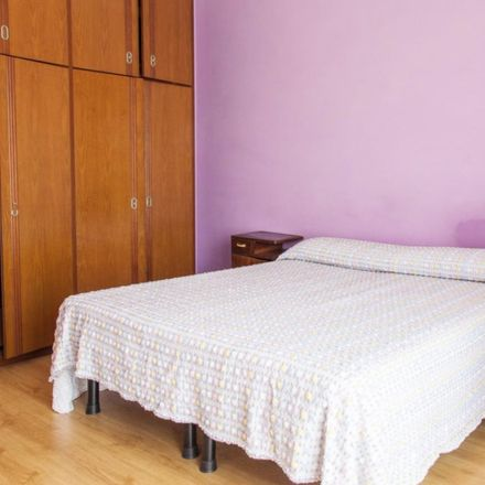 Rent this 4 bed room on Hotel Mirti in Via dei Platani, 101