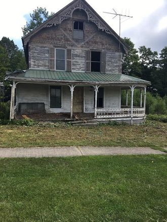 Rent this 4 bed house on 2574 Moriah Road in Moriah, NY 12960