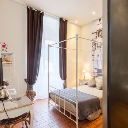 Rent this 5 bed room on Mondadori in Via Appia Nuova, 00183 Rome RM
