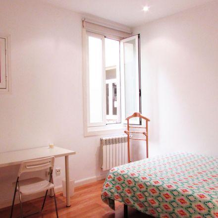 Rent this 3 bed room on Arrocería Daniela in Calle de Atocha, 12