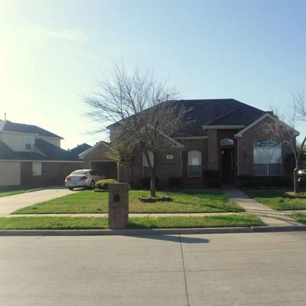 Rent this 4 bed house on 1004 Tanglewood Drive in Mansfield, TX 76063