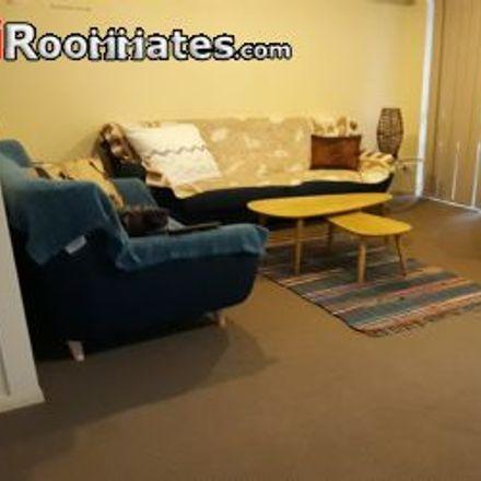 Rent this 3 bed townhouse on Queen Street in Molendinar QLD 4215, Australia