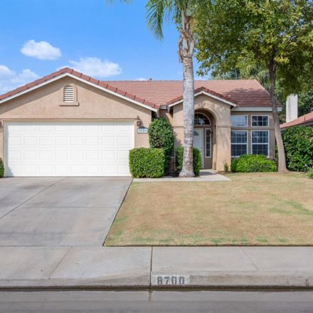 Rent this 4 bed house on 8700 Rollingbay Drive in Bakersfield, CA 93312