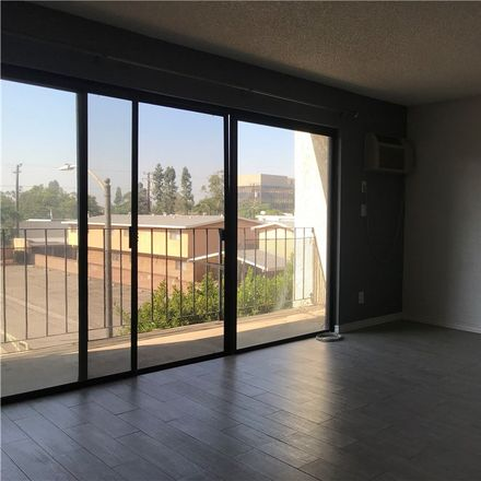Rent this 1 bed condo on 3530 Elm Avenue in Long Beach, CA 90807