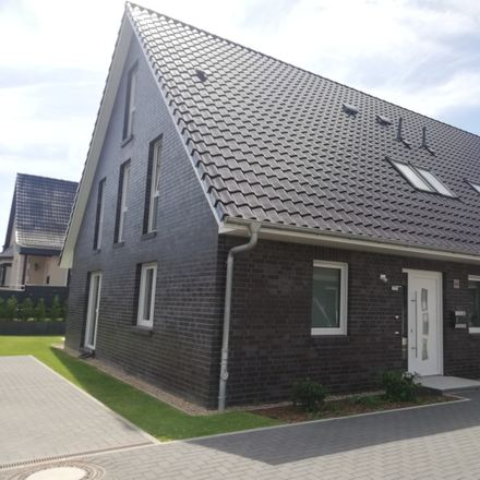 Rent this 5 bed duplex on Schmalfelder Straße 16 in 24568 Kaltenkirchen, Germany