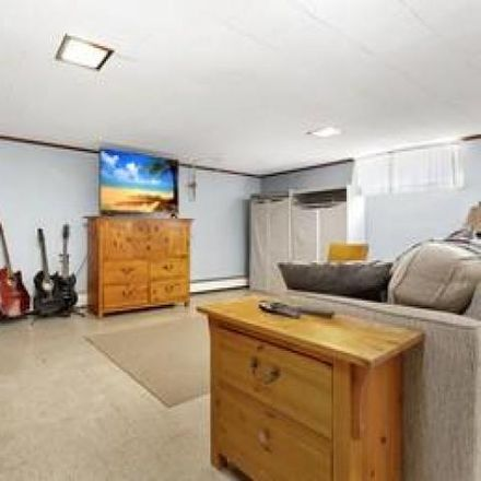 Rent this 3 bed house on 385 Emmett Avenue in Salem, VA 24153