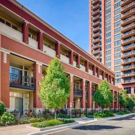 Rent this 2 bed condo on 324 North Jefferson Street in Chicago, IL 60661