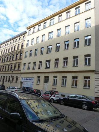 Rent this 3 bed apartment on Halle (Saale) in Südliche Innenstadt, SAXONY-ANHALT