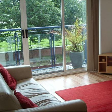 Rent this 3 bed house on 9 in 9 St Nicholas Road, Manchester M15 5JD