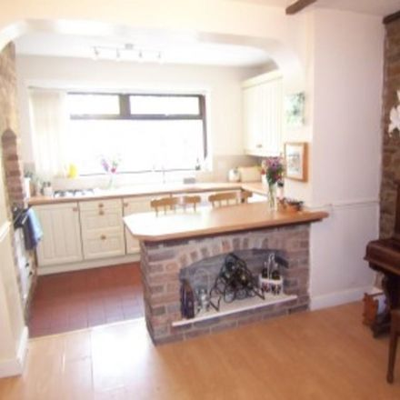 Rent this 3 bed house on The Ellis C of E Primary School in School Street, Barnsley S73 0PS