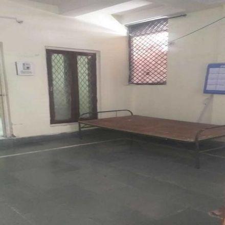 Rent this 1 bed house on Niramaya Hospital in Bhopal, habibganj overbridge
