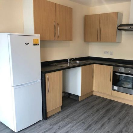Rent this 2 bed apartment on Wing Wah in 497 Staines Road, London TW14 8BN