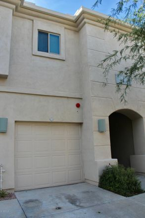 Rent this 2 bed townhouse on 7550 East Earll Drive in Scottsdale, AZ 85251