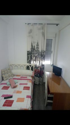 Rent this 4 bed room on Calle Grecia in 7, 30203 Cartagena