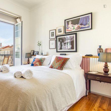 Rent this 4 bed apartment on Rua Nova do Desterro in 1170-285 Lisbon, Portugal