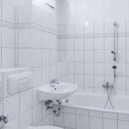Rent this 3 bed apartment on Block 15 in Prof.-Dr.-Dieckmann-Straße, 08280 Aue-Bad Schlema