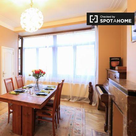 Rent this 1 bed apartment on Rue de la Grande Haie - Grote Haagstraat 149 in 1040 Etterbeek, Belgium