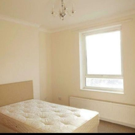Rent this 5 bed apartment on St. Pauls Avenue in London NW2 5SU, United Kingdom