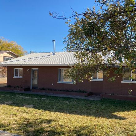 Rent this 3 bed house on Paper Mill Rd in Taylor, AZ