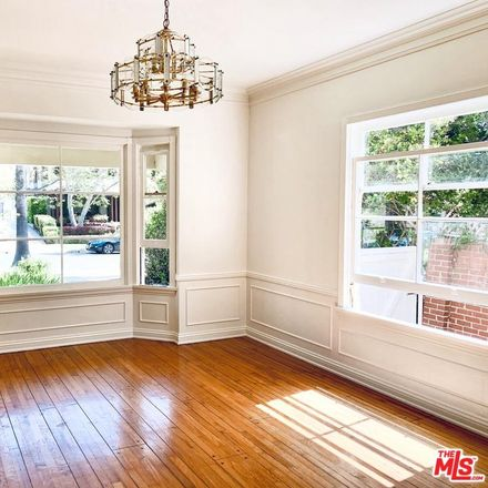 Rent this 3 bed house on 734 21st Street in Santa Monica, CA 90402