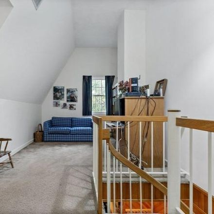 Rent this 4 bed house on 20 Boundbrook Road in Newton, MA 02459