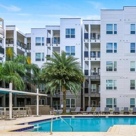 Rent this 2 bed condo on N Mills Ave in Orlando, FL