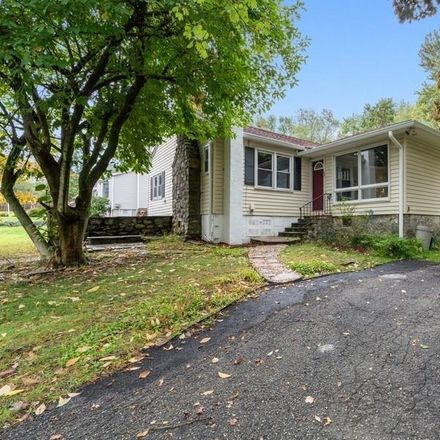 Rent this 2 bed house on S Shelley St in Mohegan Lake, NY