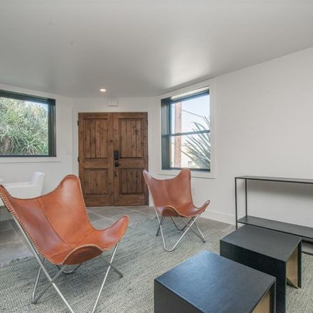 Rent this 1 bed room on 207 Staples Avenue in San Francisco, CA 94112