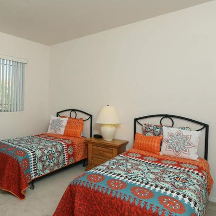 Rent this 3 bed condo on W Highlands View Pl in Oro Valley, AZ