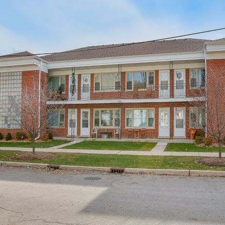 Rent this 1 bed townhouse on 105 East Grove Street in Lombard, IL 60148