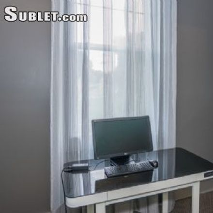 Rent this 3 bed apartment on 25 Canterbury Square in Alexandria, VA 22304