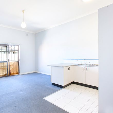 Rent this 1 bed apartment on 3/203 Pittwater Road