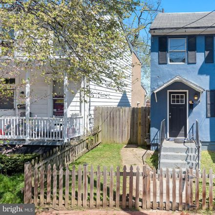 Rent this 2 bed townhouse on 1238 U Street Southeast in Washington, DC 20020-4706